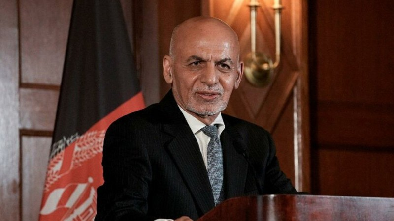 Afganistan Cumhurbaşkanı Eşref Gani, ülkeyi terk etti