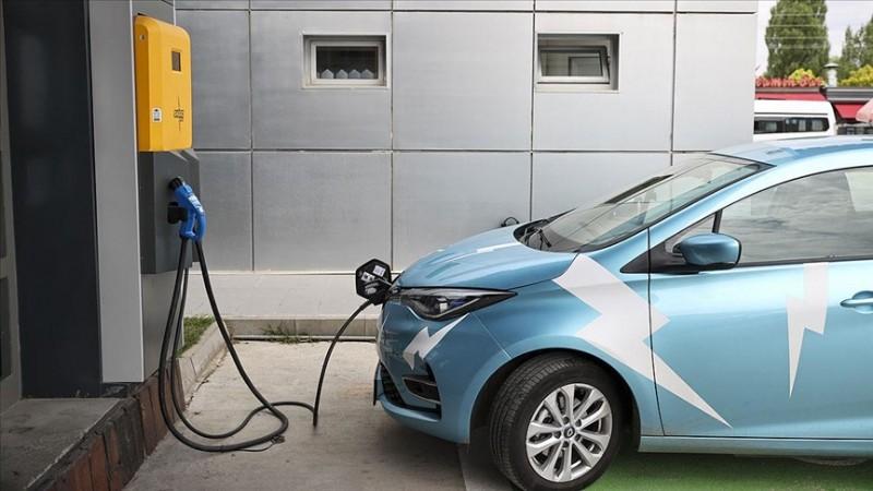 Elektrikli araçlar daha ekonomik ve rahat seyahat imkanı sunuyor