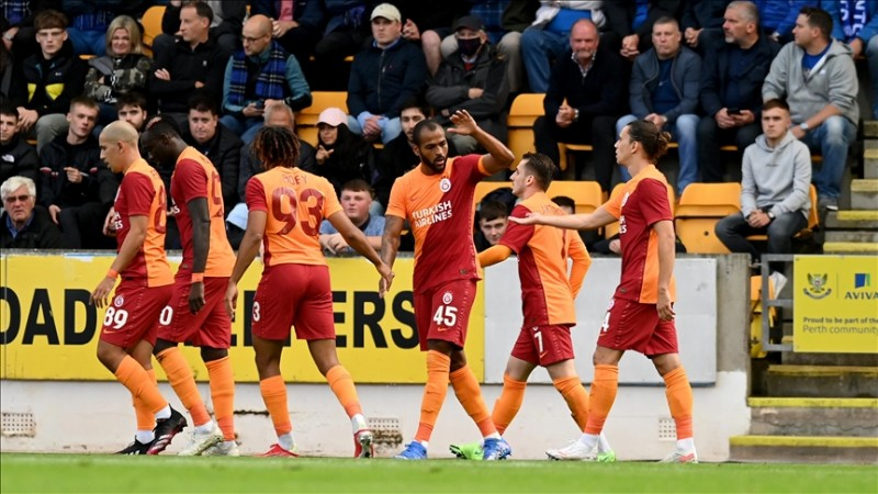 Galatasaray UEFA Avrupa Liginde play-off'lara yükseldi